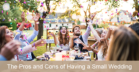 Pros and cons of small wedding